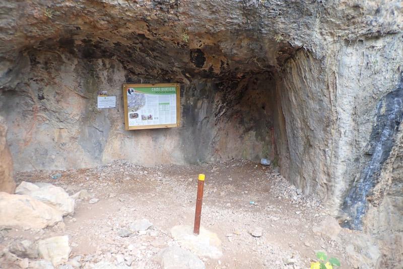 aproximacion ferrata roca narieda